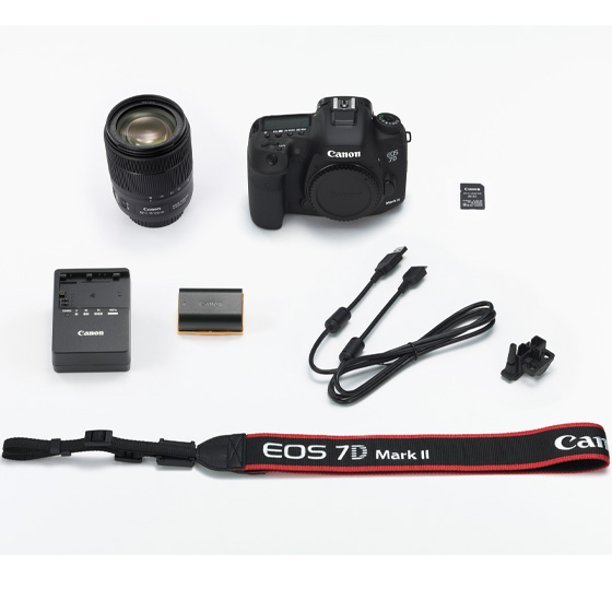 【新品】(キヤノン) Canon EOS 7D Mark II EF-S18-135 IS USM W-E1キット