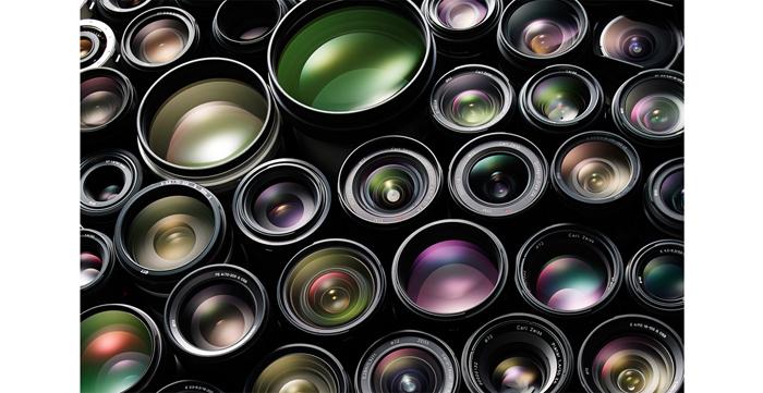 動画撮影でもレンズの特長を生かした多彩な映像表現が可能